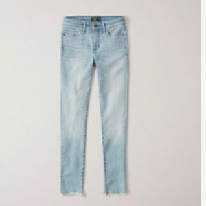 NWT Abercrombie & Fitch Low Rise Ankle Jeans